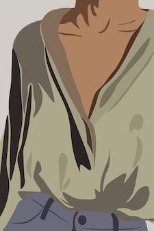 Молодая загорелая женщина, одетая в оливковую рубашку и джинсы. торс крупным планом