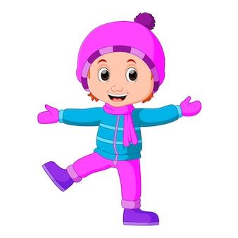 모피 코트에 따뜻한 차려 젊은 여자