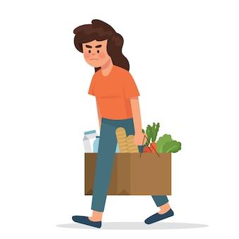 若い女性は買い物袋を運ぶのに腹を立てて見える