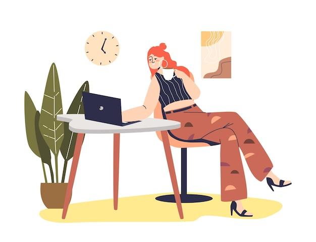 若い女性は、友人とのオンラインビデオ会議会議や仕事のためにラップトップを使用して通信します