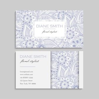 Набор визитных карточек с zentangle рисованной цветами. шаблон