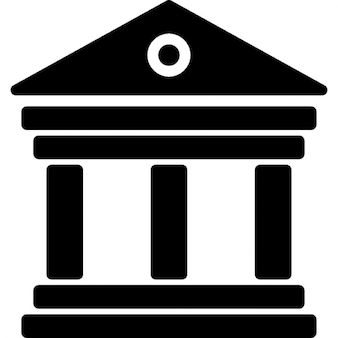 Antike elegante Gebäude mit Säulen