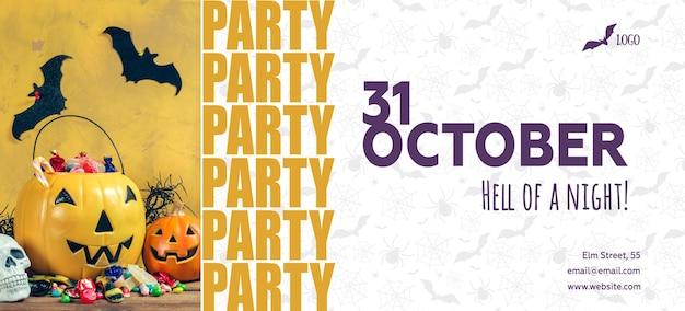 31. oktober halloween-kürbisdekoration auf dem holztisch, kopierraum