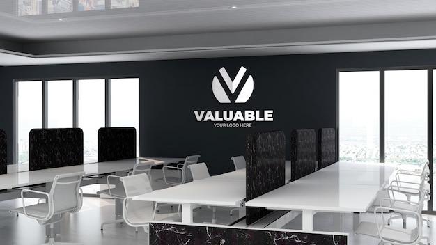 3d-logo-modell im büroarbeitsplatzbereich