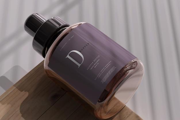 Amber glass dropper bottle mockup Premium PSD