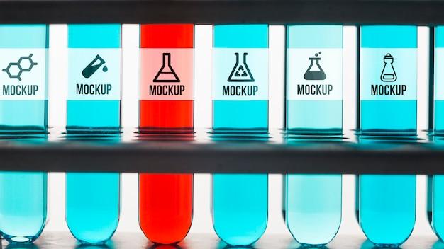Anordnung der chemischen reagenzgläser