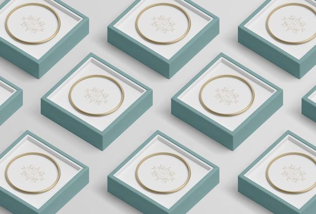 Anordnung für blaue schmuckgeschenkboxen