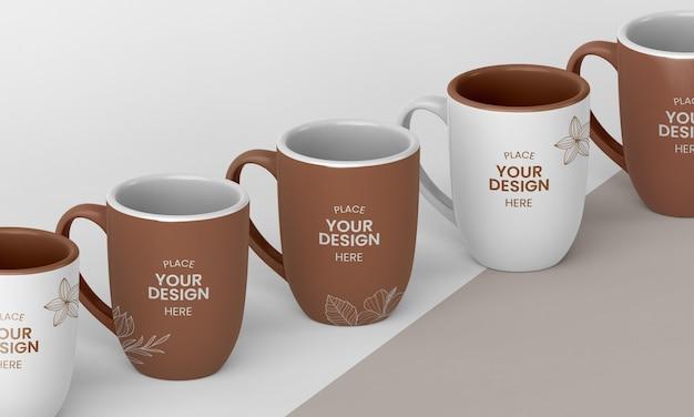 Anordnung von minimalen kaffeetassen