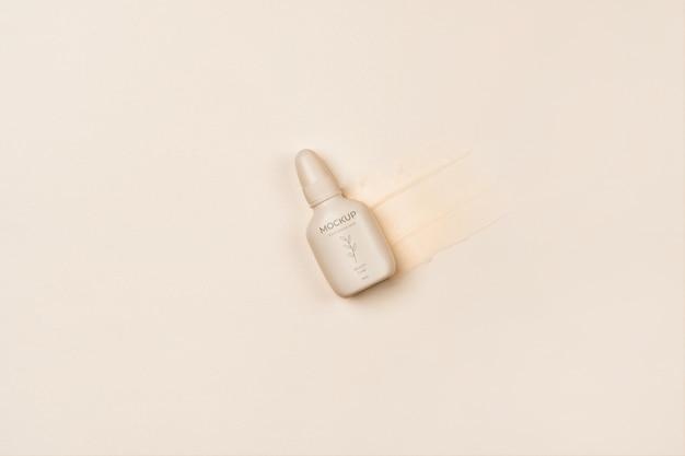 Ansicht von oben auf der verpackung von kosmetikprodukten