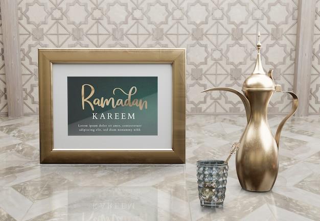 Arabische anordnung des neuen jahres mit goldener teekanne