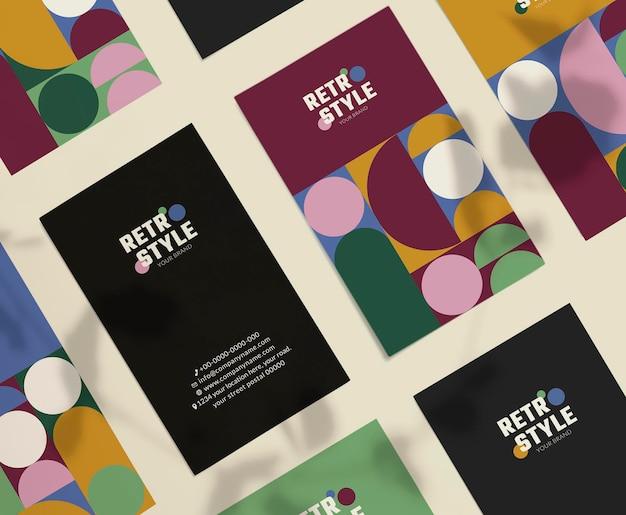 Bearbeitbare visitenkarte im lila retro-stil für mode- und beautymarken