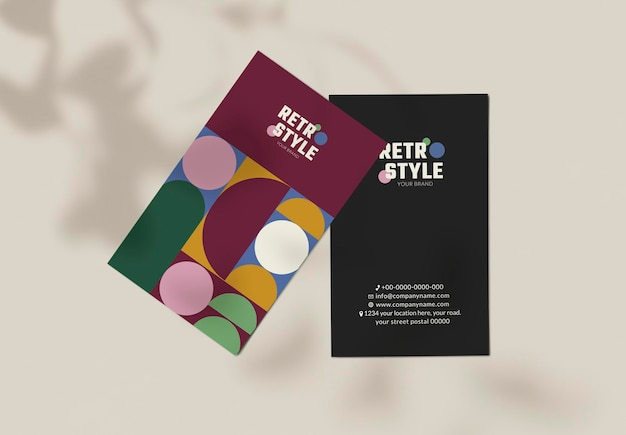 Bearbeitbare visitenkarten-psd im lila retro-stil für mode- und beauty-marken