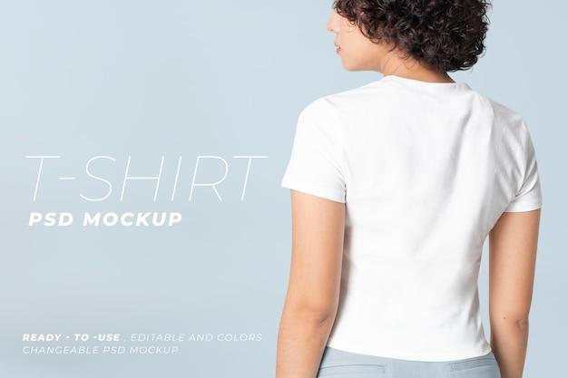 Bearbeitbares basic t-shirt psd mockup rundhalsausschnitt damenbekleidung anzeige