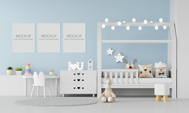 Blaues kinderzimmerinterieur mit rahmenmodell