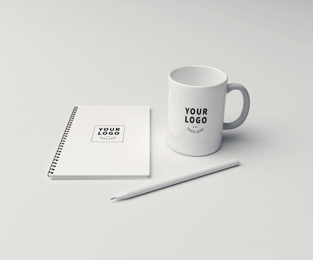 Block note mit kaffeetasse mockup