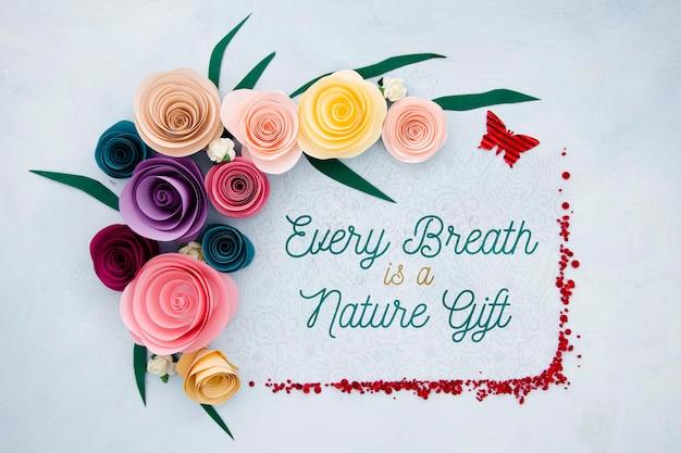 Blumenrahmen mit positiver mitteilung