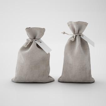 Braune säcke