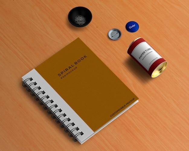 Briefpapierkonzept mit gewundenem buchmodell