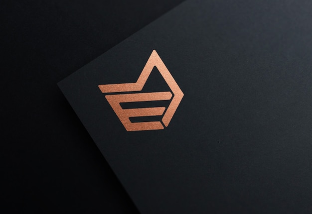 Bronzefolie logo modell in schwarzem papier