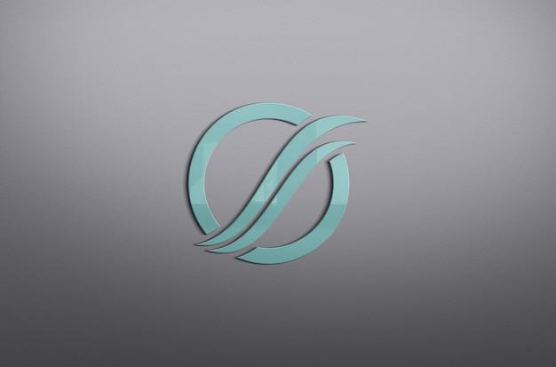 Bunte nahaufnahme auf schönem logo-modell an der wand
