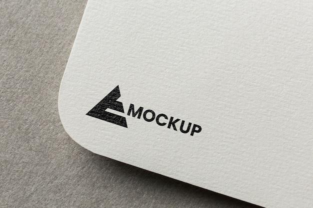 Business-branding auf kartenmodell-anordnung