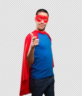 Cooler superheld zeigt