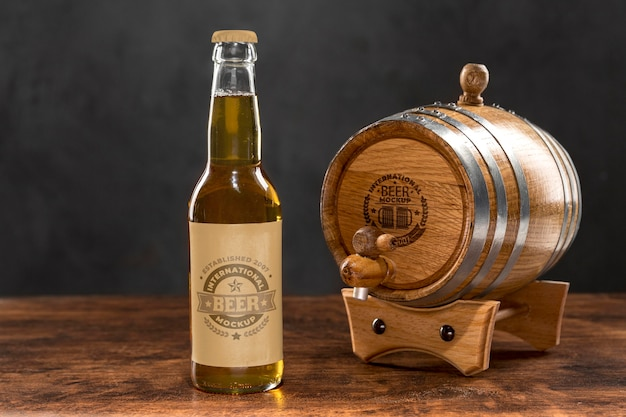 Craft beer konzept modell Kostenlosen PSD