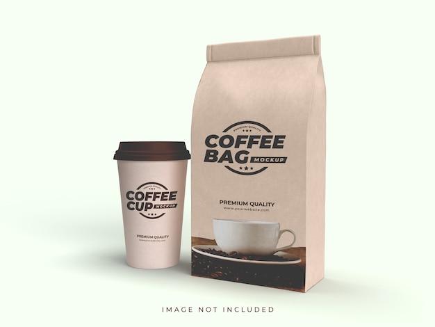 Craft brown papiertüte und kaffeetasse mockup
