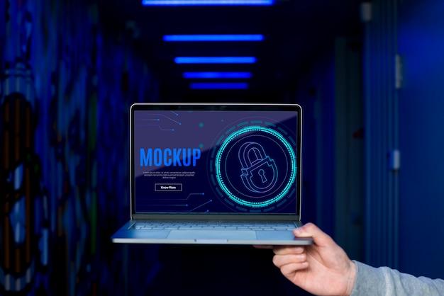 Digitale sicherheit auf dem laptop