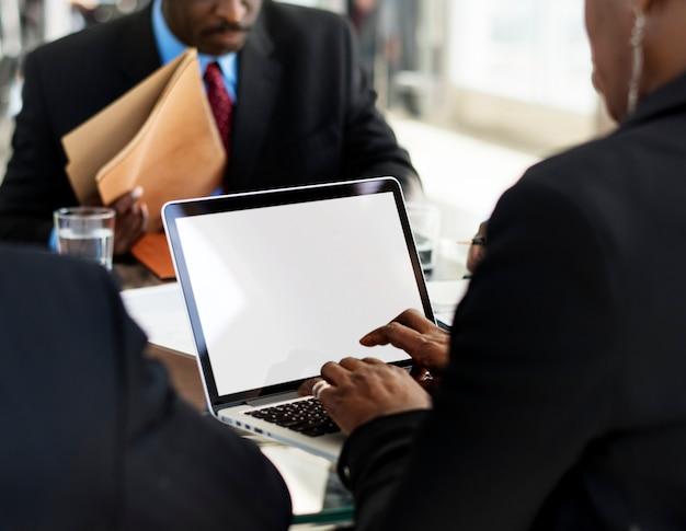 Diversity people talk internationale konferenzpartnerschaft
