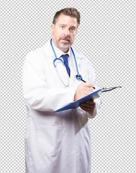 Doktor mann mit einem inventar