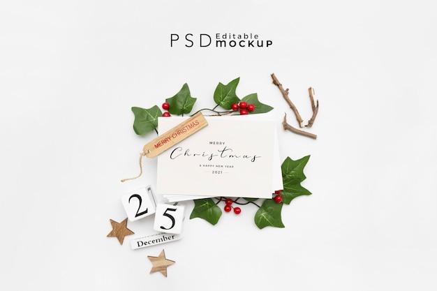 Draufsicht der weihnachtskomposition mit geschenkbox