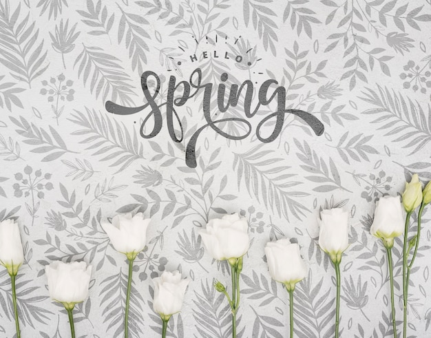 Draufsicht der weißen rosen für frühling