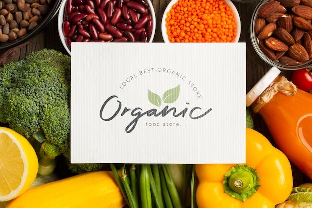 Draufsicht des organischen gemüses und der bestandteile