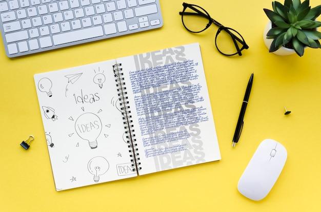 Draufsicht des schreibtischkonzeptmodells