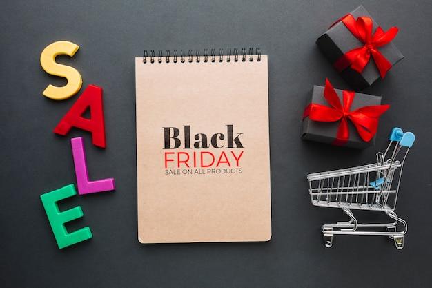 Draufsicht des schwarzen freitag-konzeptmodells