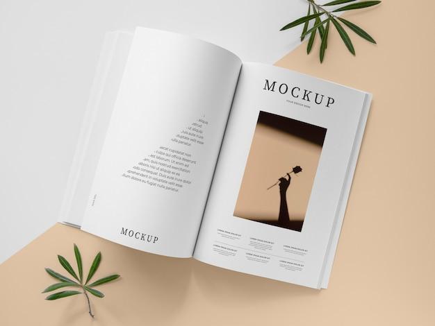 Draufsicht naturmagazin-abdeckungsmodell mit blättern