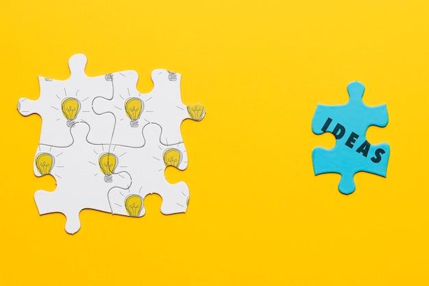 Draufsichtsortiment mit verschiedenen puzzleteilen