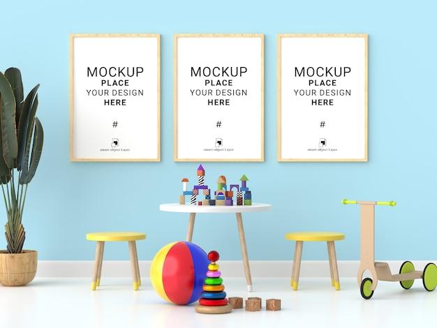 Drei leere fotorahmen für modell im kinderzimmer