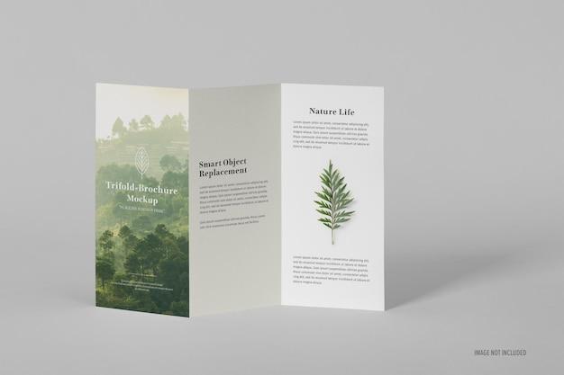 Dreifach gefaltete broschüren-mockup-vorlage im a4-format