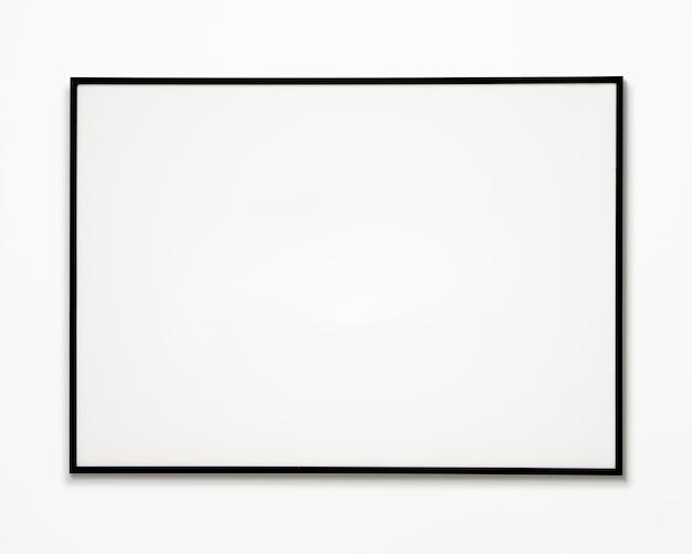 Ein fotorahmen lokalisiert auf weißer wand