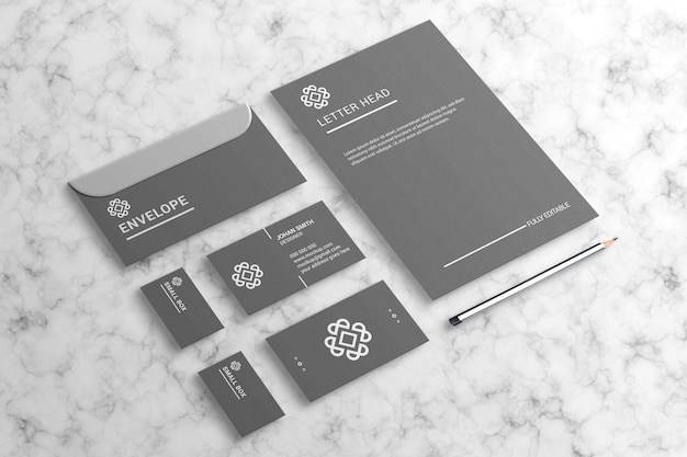 Einfaches und elegantes briefpapiermodell