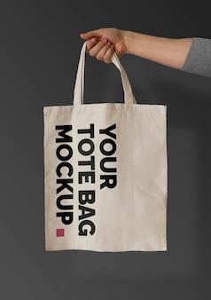 Einkaufstasche auf black mockup