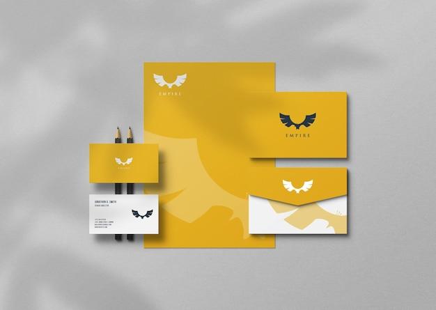 Elegante briefpapier-mockup-vorlage
