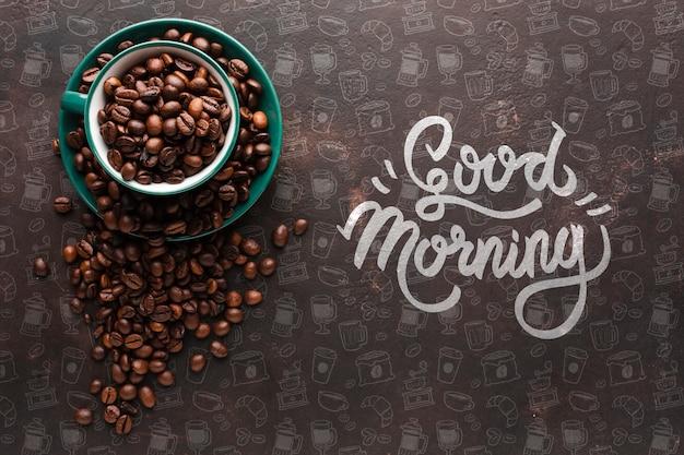 Eleganter hintergrund mit kaffeebohnen