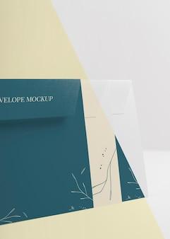 Elegantes einladungs-mock-up-sortiment