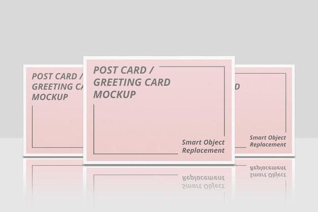 Elegantes einladungs- oder postkarten-mockup-design