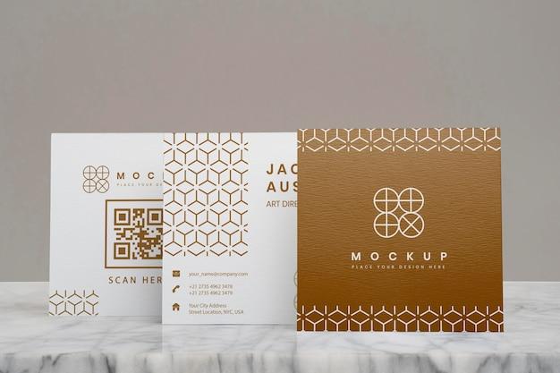 Elegantes mock-up für die komposition von unternehmensvisitenkarten