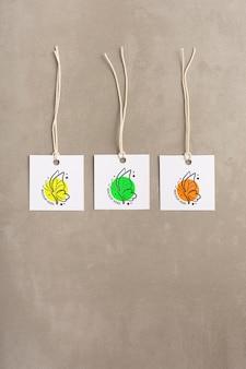 Etiketten zum aufhängen von kleidungsstücken