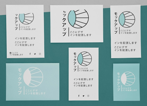 Flach gelegte dokumente mit logo-modell